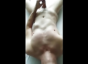 Amateur (Gay);Handjobs (Gay);Masturbation (Gay) My new cumshot