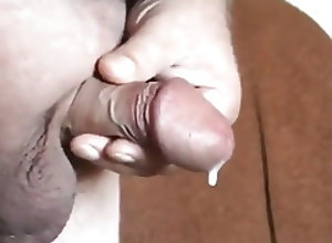 Big Cocks (Gay);Daddies (Gay);Handjobs (Gay);Masturbation (Gay) dad cumming