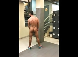 public;outside;naked;pelado;amador;amateur,Solo Male;Gay;Straight Guys;Public;Reality;Amateur Peladão da bunda...