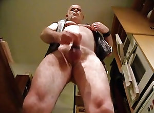 Bears (Gay);Daddies (Gay);Masturbation (Gay) Bear daddy cum