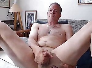 Bear (Gay);Daddy (Gay);Masturbation (Gay) Great cock daddy