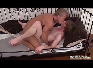 cumshot,facial,blowjob,gay,twink,bareback,big-dick,gay Awesome Bareback...