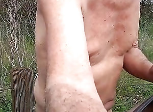 Amateur (Gay);Masturbation (Gay);HD Videos outdoors