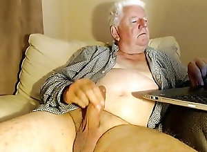 Amateur (Gay);Daddies (Gay);Masturbation (Gay);HD Gays grandpa stroke on...