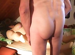 Men (Gay);Amateur (Gay);Masturbation (Gay);Sex Toys (Gay);Small Cocks (Gay) Im Bett mit......