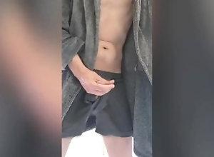 jerking-off;family-guy;hot-guy-masturbating;cumshot;solo-male;male-orgasm;underwear-handjob,Twink;Solo Male;Gay;Straight Guys;Amateur;Handjob;Webcam;Cumshot;Verified Amateurs Early morning...