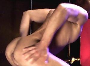 bareback,big cock,naked,brunette,dancing,handjob,masturbation,muscle,solo,undress,daddy,gay Japan Gays 502