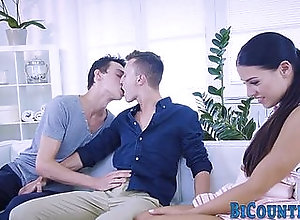 bisexual,gay,group,hd,orgy,720p,bisex,highdefinition,blowjob,gay Bicurious stud...