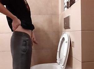 european;piss;toalet;cum;squirt;cumshot;big-cock;polish;polska;krakow;jerk-off;wanking;masturbation,Euro;Solo Male;Gay;Amateur;Handjob;Jock;Cumshot;Verified Amateurs Piss and cum