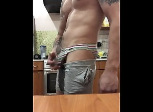 piss;hot-gays-fuck;gay-fetish;big-cock;amateur;straight,Solo Male;Gay;Hunks;Straight Guys;Amateur;Handjob;Tattooed Men I took a piss in...