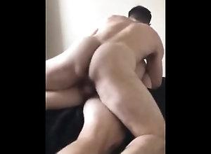 anal;corridas;mucho-semen;pollas-grandes;gays-fucking;hot-guys-fuck,Bareback;Daddy;Big Dick;Gay;Interracial;Amateur;Rough Sex;Cumshot;Compilation Me parte el culo...