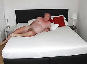 Amateur (Gay);Blowjob (Gay);Daddy (Gay);Handjob (Gay);Masturbation (Gay);Webcam (Gay);Anal (Gay);German (Gay);HD Videos me alone in a...