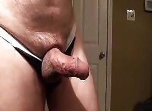Amateur (Gay);Bear (Gay);Big Cock (Gay);Daddy (Gay);Masturbation (Gay) Close-up jerk off...